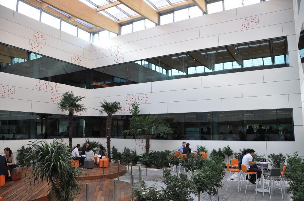 Lucernario fotovoltaico - Oficinas ing direct madrid ...